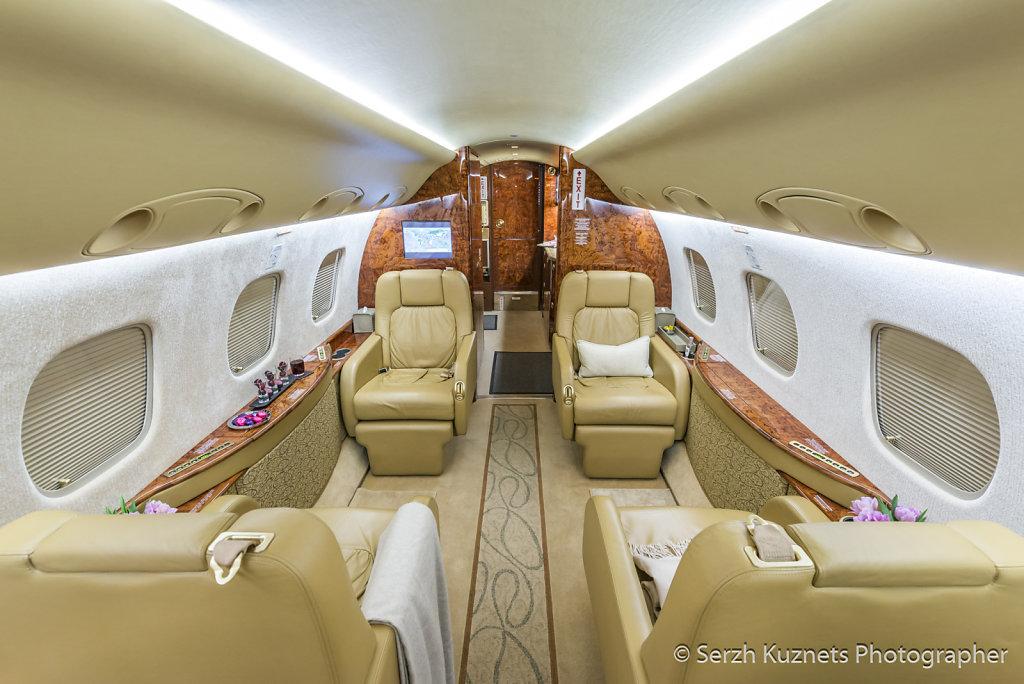 Интерьер самолёта Embraer Legacy 600