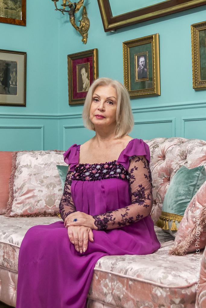 Фотография актрисы Валентины Титовой на съёмке программы Идеальный ремонт